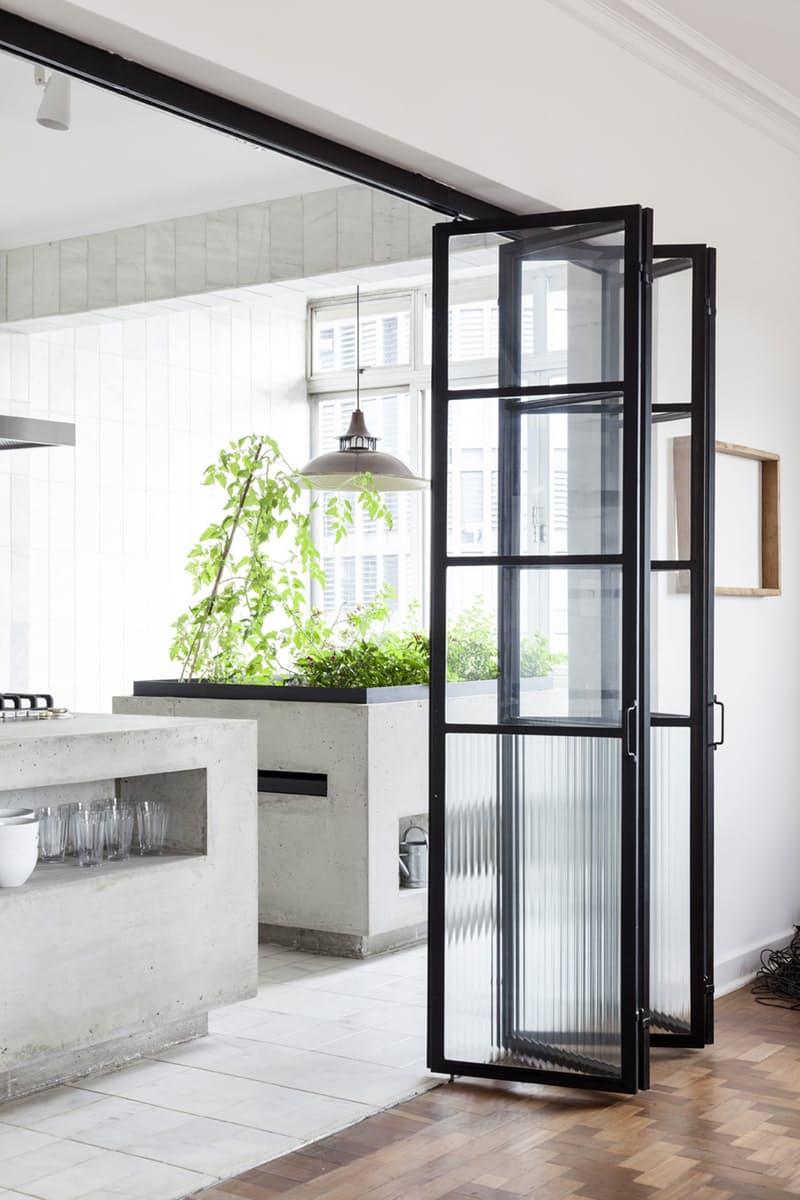 Использование бетона в интерьере кухни - фото 1