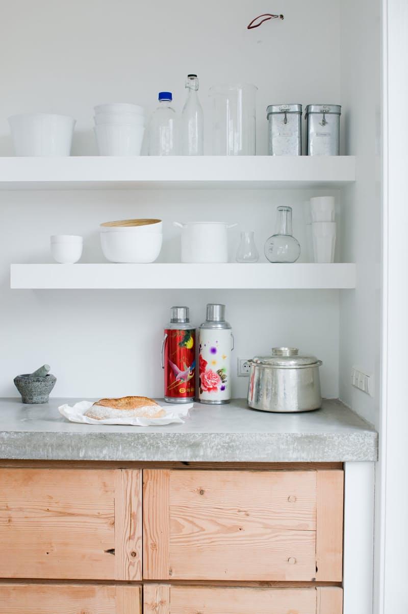 Использование бетона в интерьере кухни - фото 13