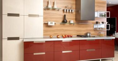 Деревянный фартук в интерьере кухни