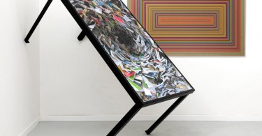 Универсальный стол с художественным рисунком на столешнице