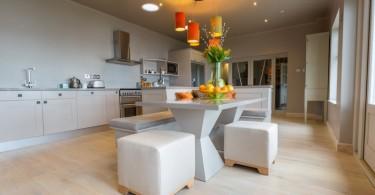 Стильный дизайн кухни Outlook Curved Bespoke
