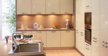 Современная кухня фабрики Conforama