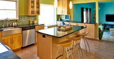 Горчично-зелёные оттенки в оформлении интерьера кухни