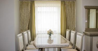 Элегантные шторы в дизайне интерьера кухни