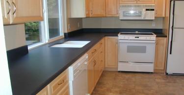 Модель кухонной столешницы с бортиками