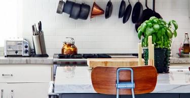 Кухонный фартук из кирпичной плитки