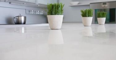 Кухонная столешница из композитного кварца