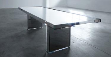 Зеркальный обеденный стол