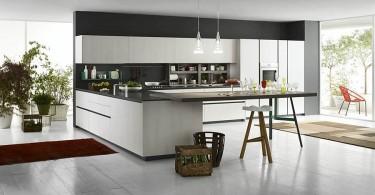 Интерьер современной кухни с итальянским гарнитуром