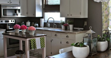 Функционалный остров в маленькой кухне