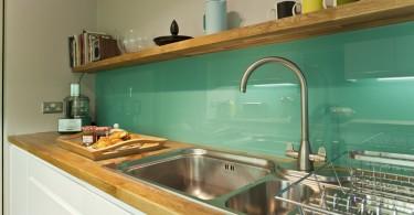 Стеклянный фартук в современном дизайне кухни