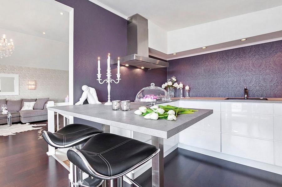 Креативные обои в стильном интерьере кухни от Sylvia Fridman