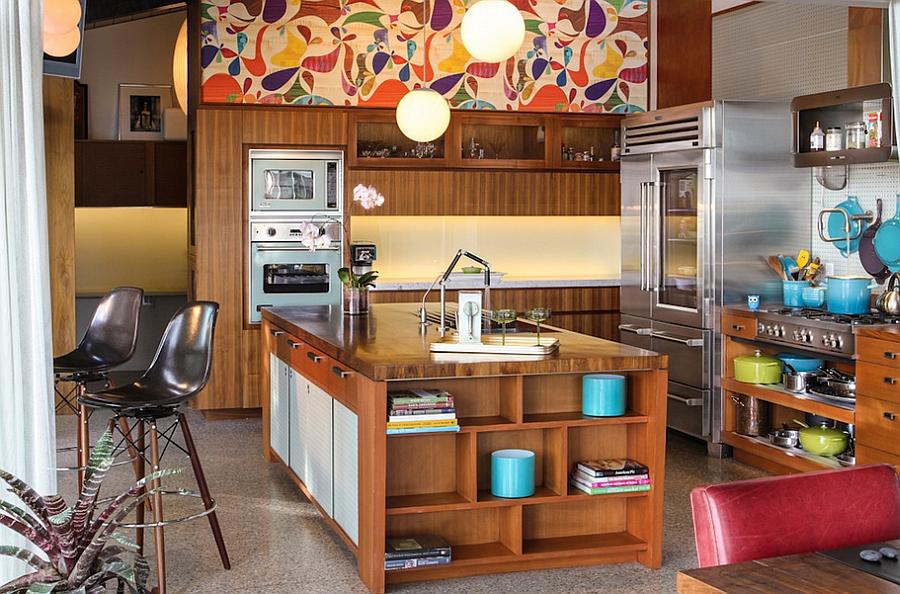 Креативные обои в стильном интерьере кухни от Native Son Design Studio