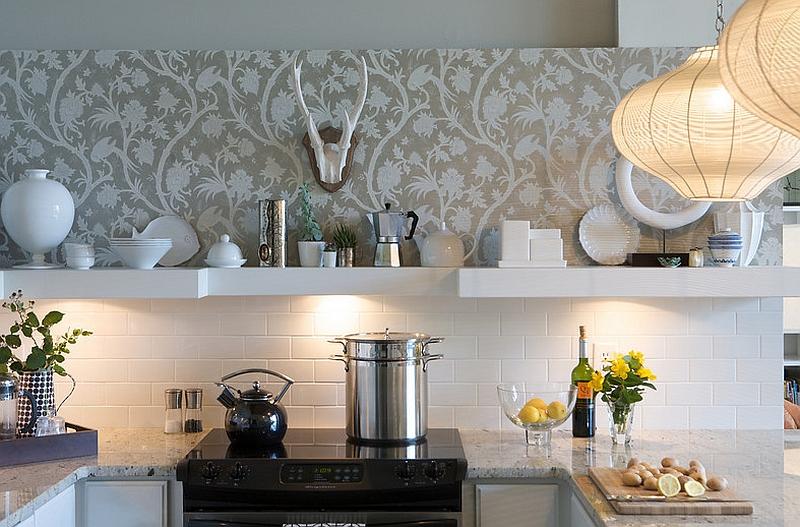 Креативные обои в стильном интерьере кухни от Heather Garrett Design