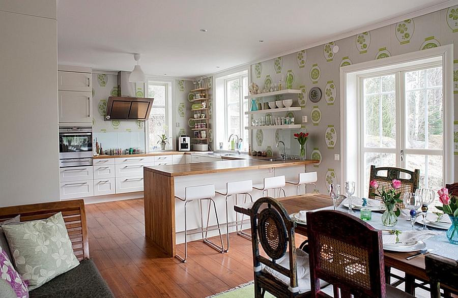 Креативные обои в стильном интерьере кухни от Fotograf Lisbet Spörndly
