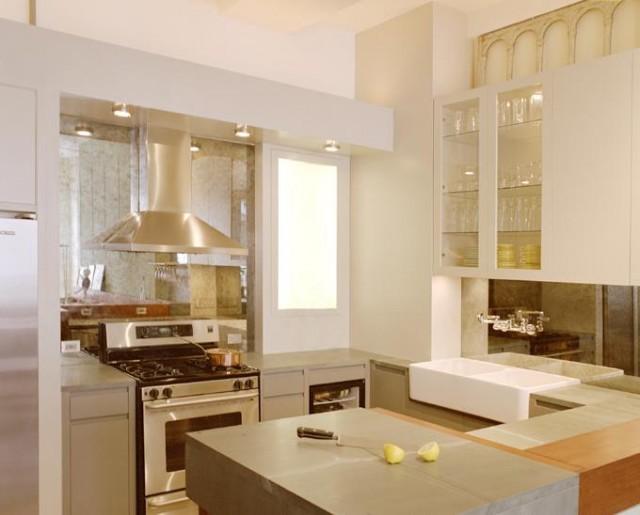 Зеркальный кухонный фартук – фото