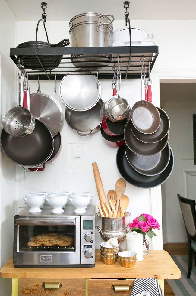 Металлический держатель для сковород