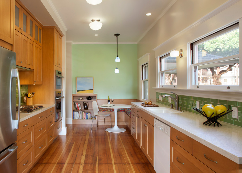 Мягкий уголок на кухне