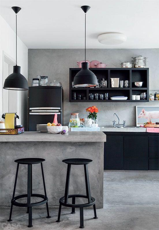 Кухонная мебель в черном цвете
