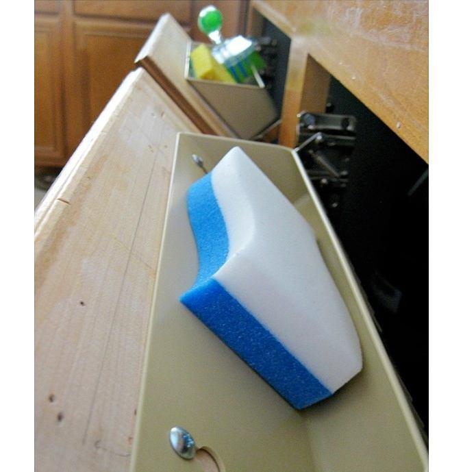 Навесная полочка для хранения под раковиной