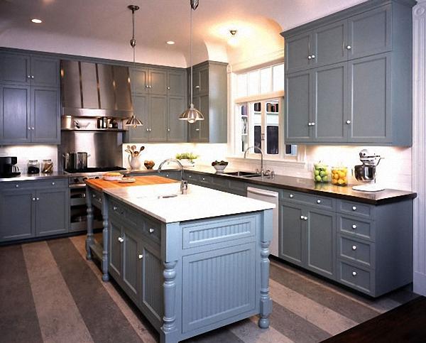Оригинальный дизайн интерьера кухни в серой гамме от Gast Architects