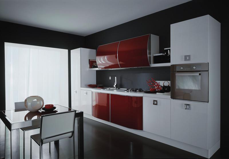 Яркий дизайн интерьера кухни от European Cabinets & Design Studios