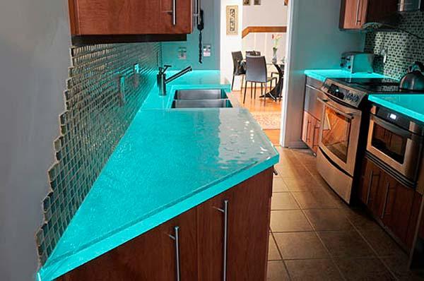 Голубая подсветка стеклянной столешницы