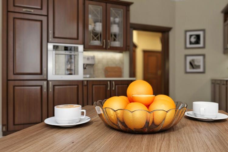 Стеклянная подставка под фрукты