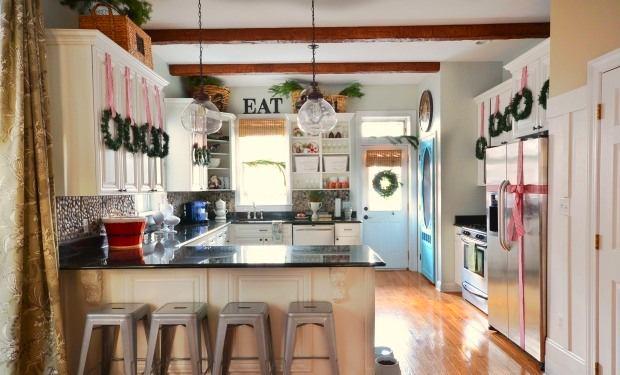 Новогоднее украшения кухни