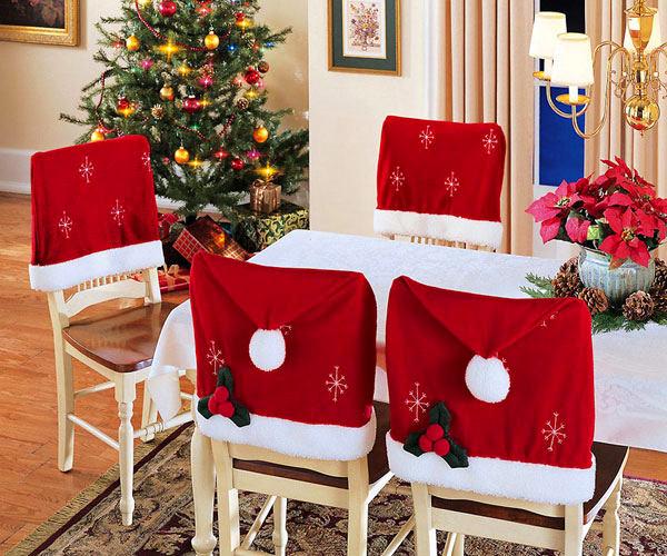 Новогодние чехлы на стульях