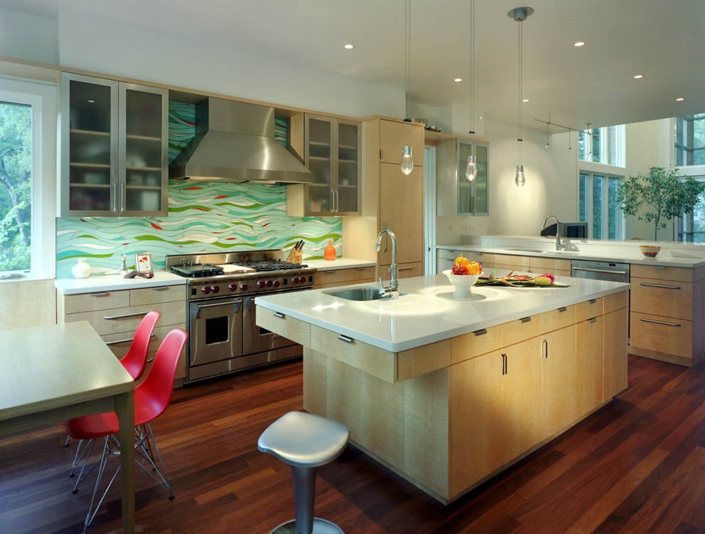 Стильный дизайн интерьера кухни от McKinney York Architects