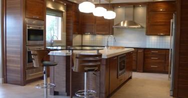 Удобная и вместительная кухня от Сьюзен Брук