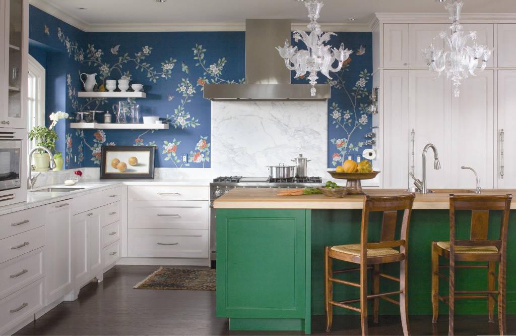 Белые люстры на кухне