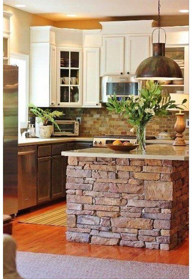 Каменная отделка кухонного острова
