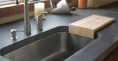 Дизайн кухонной раковины от Trueform Concrete
