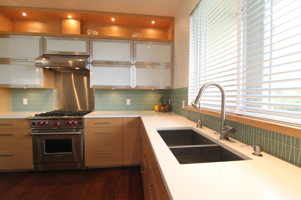Современный дизайн кухонной раковины от McClellan Architects