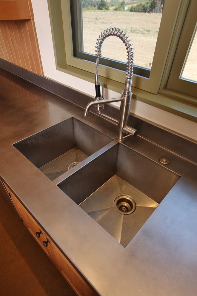 Дизайн двойной кухонной раковины от Solid Form Fabrication