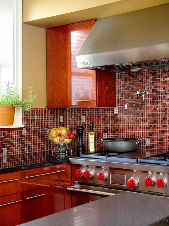 отделка рабочей стены на кухне фото