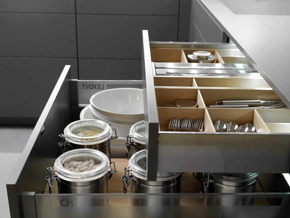 Хранения в кухонных ящиках