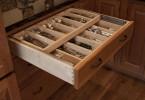 Наведите порядок в своих кухонных ящиках