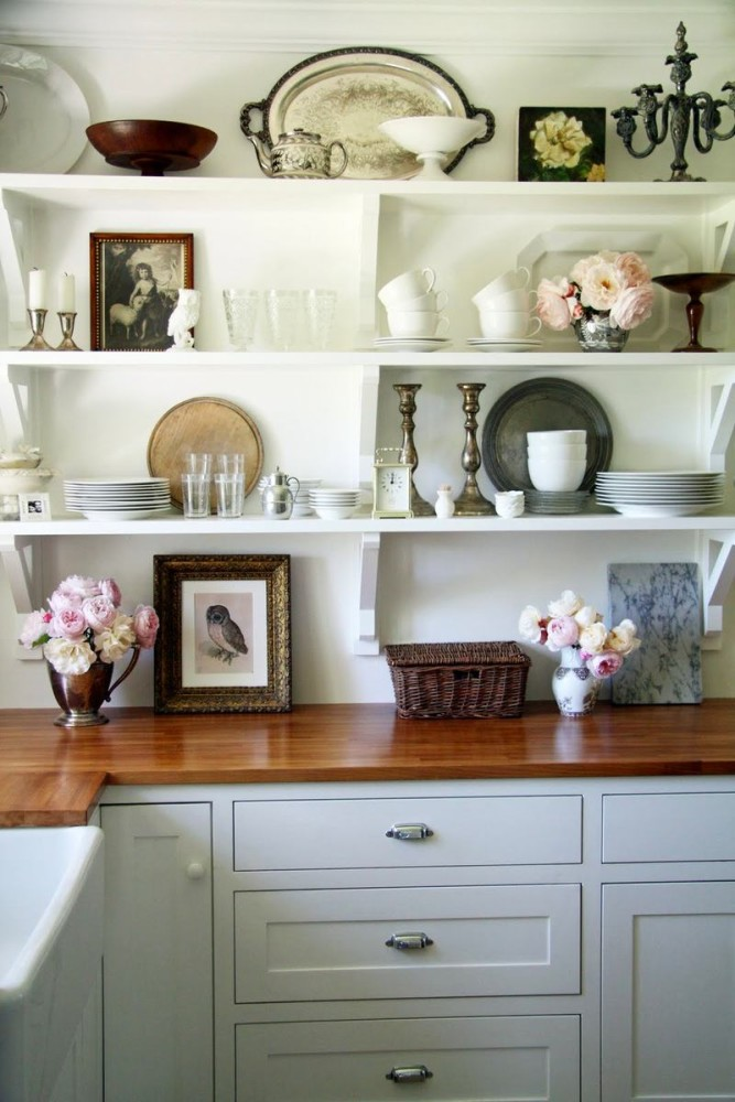 Системы хранения для кухни - полки белого цвета