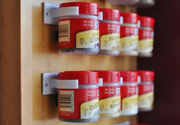 Системы хранения для кухни - держатели для баночек