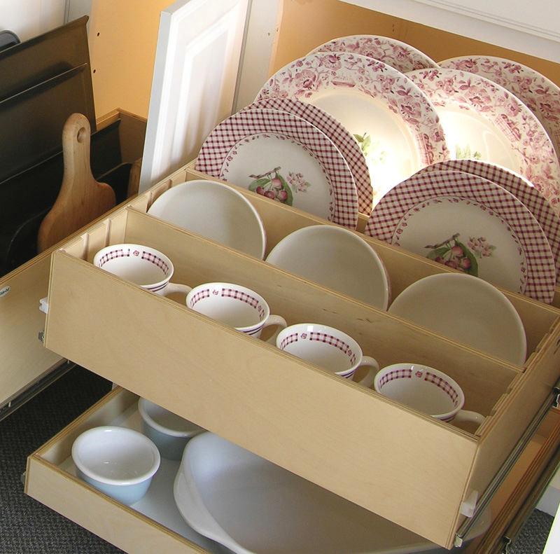 Системы хранения для кухни - выдвижные полки для посуды