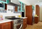 Потрясающий красочный дизайн интерьера кухни от Erica Islas / EMI Interior Design, Inc.