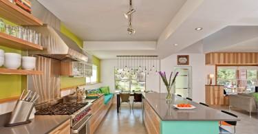 Красочный дизайн интерьера кухни от Loop Design