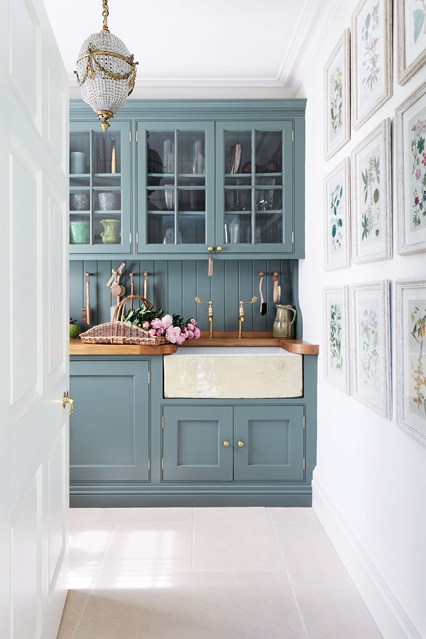 Интерьеры кухни фото традиционного помещения