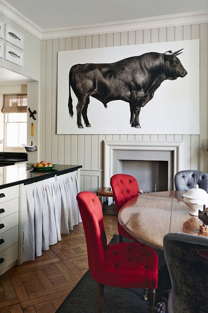 Картина на стене кухни