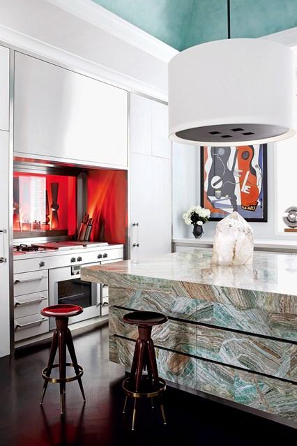 Мраморный кухонный остров