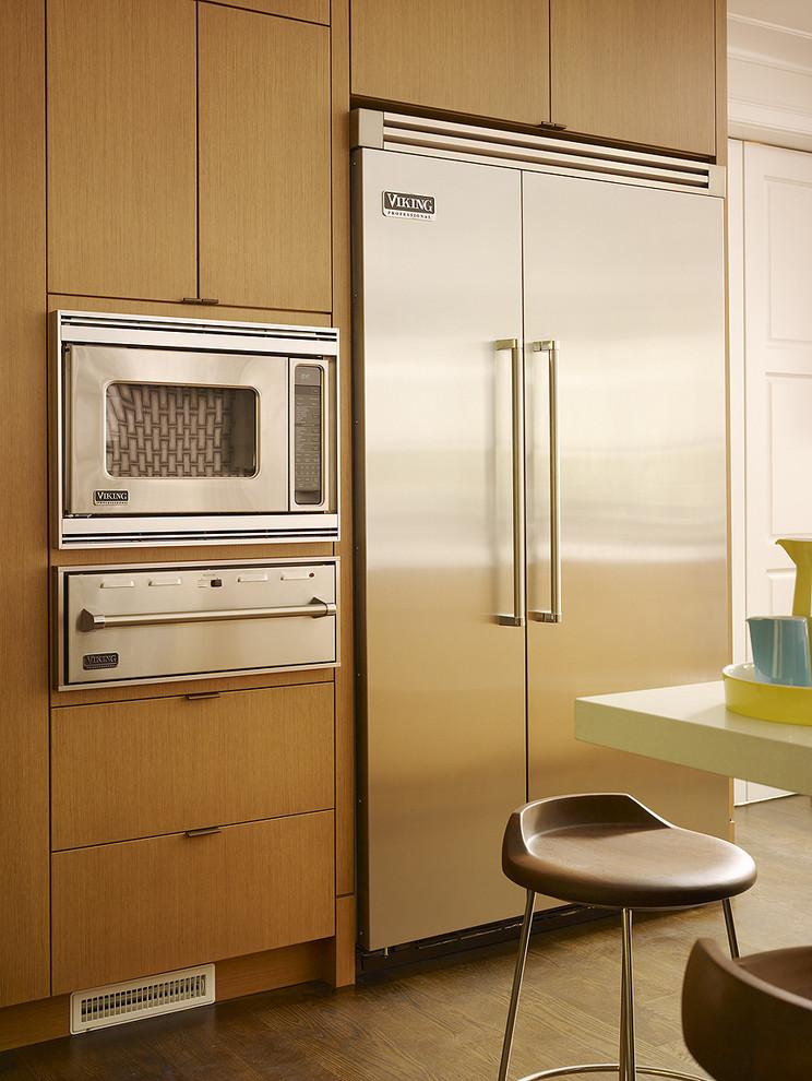 Встроенный шкаф с подогревом пищи
