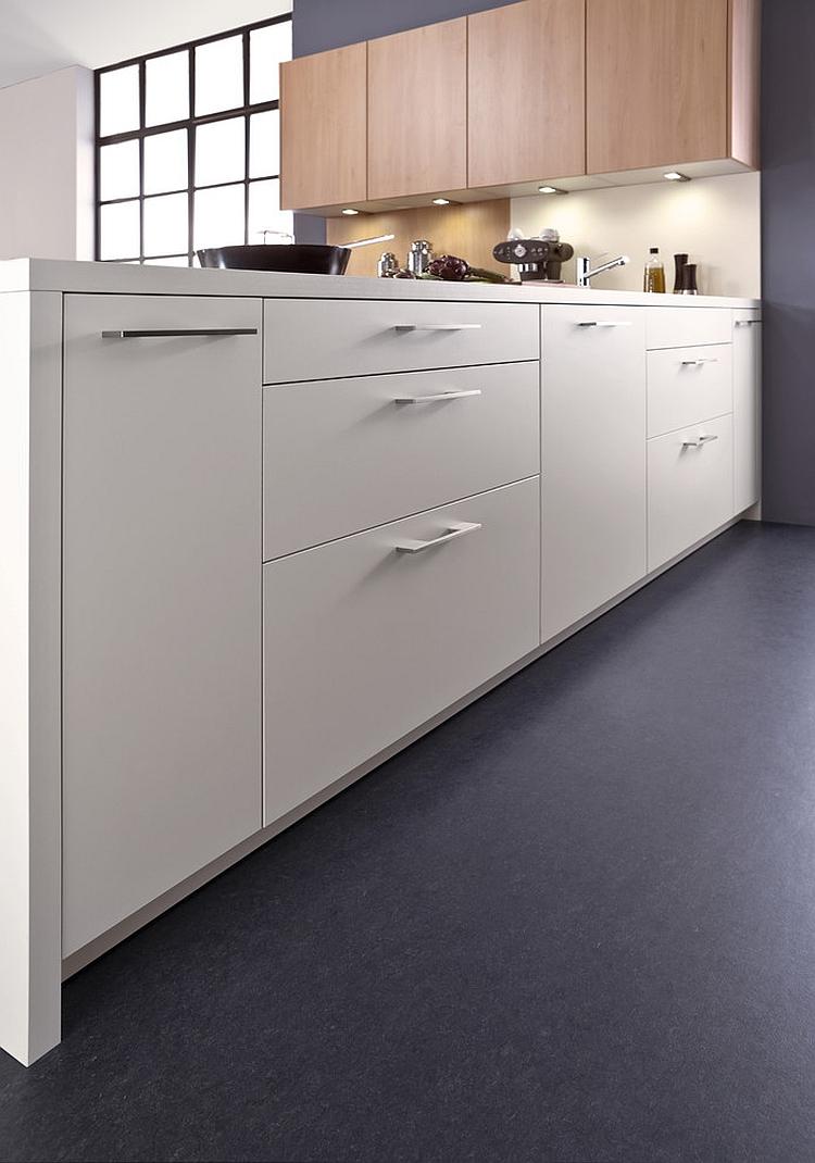 Кухонные шкафы в белой гамме